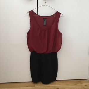 Dresses & Skirts - Wet seal red bodycon dress